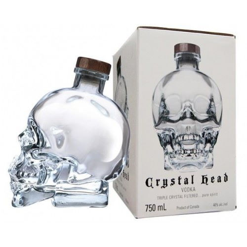 Crystal Head Vodka bottle 0,7L with gift box